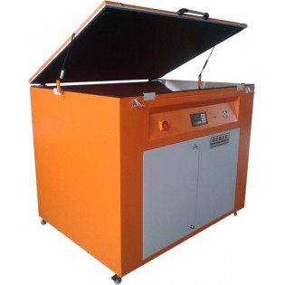 Machine for screen printing